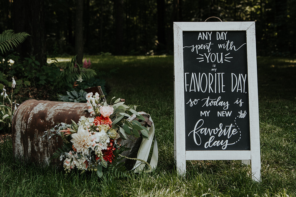 unique wedding signage
