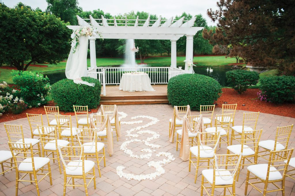 Swan Lake Inspired Wedding At Concorde Banquets The Celebration Society