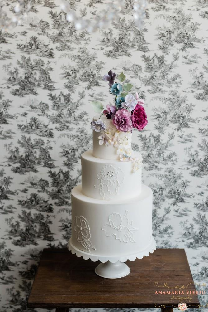 Amy Beck Cake Design in Chicago, Illinois | wedding cake