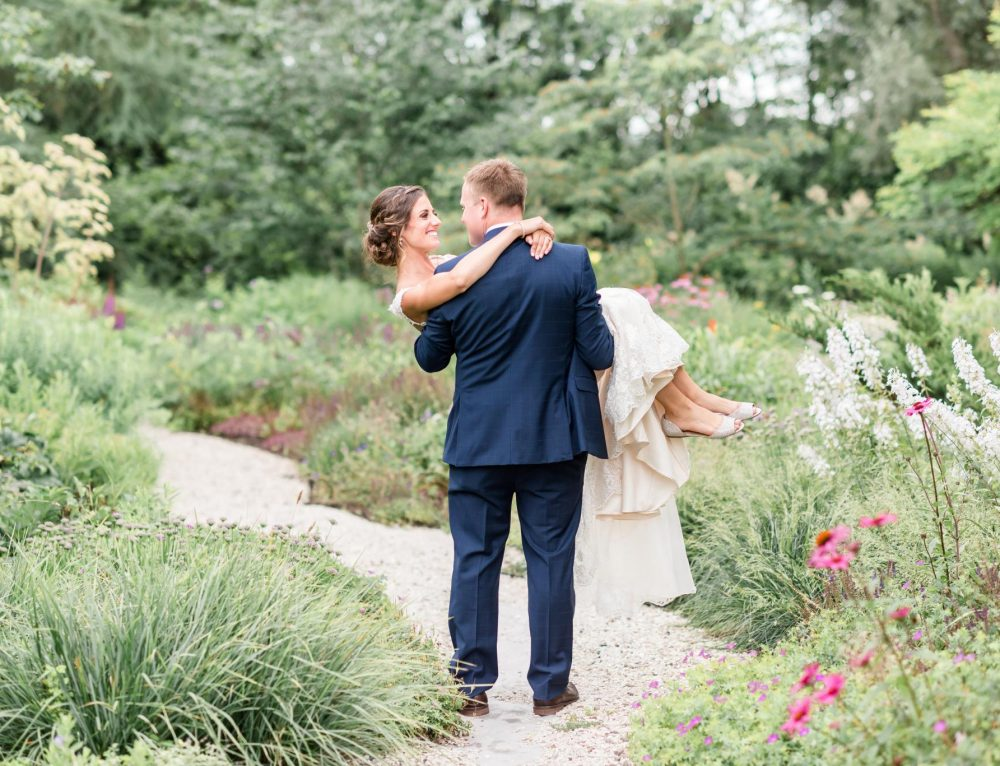 Local Love: Melissa & Andrew at The Landing 1841