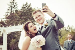Announcing your engagement on Social Media
