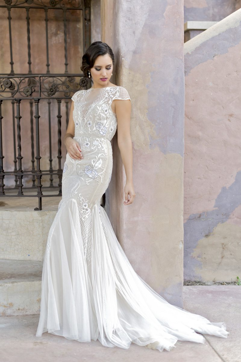 Romance Reimagined: Modern Weddings Gowns for the Romantic Bride ...