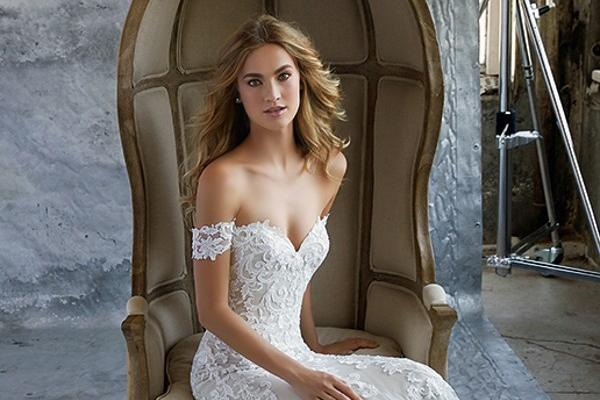 Eva's Bridal International Martin Thornburg for Mon Cheri April 2018