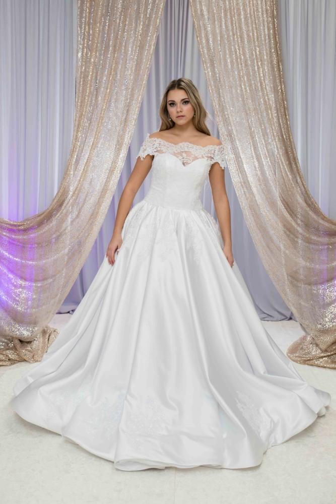 Alesia C. Bridal Boutique in Buffalo Grove, Illinois