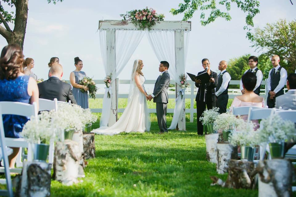 5 Rustic Wedding Venues In The West Chicago Suburbs Celebration Society