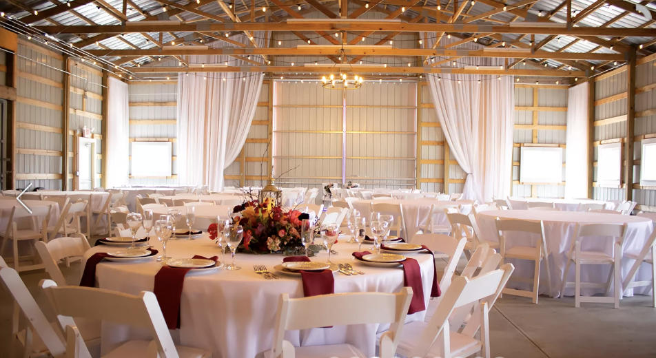 5 Rustic Wedding Venues In The West Chicago Suburbs The Celebration Society