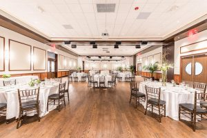 The Oaks at Gibsons Bar & Steakhouse in Rosemont, Illinois