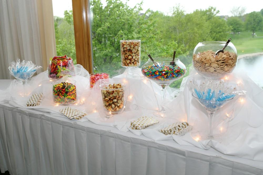 Delaney and Ross sweets table
