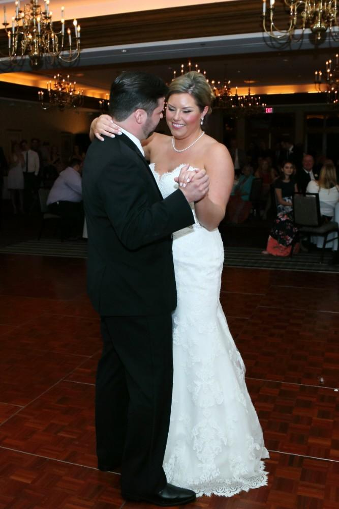Delaney and Ross first dance