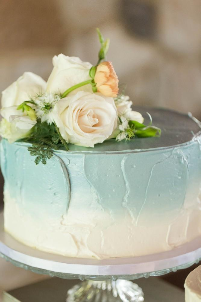 Dusty Blue Romance cake