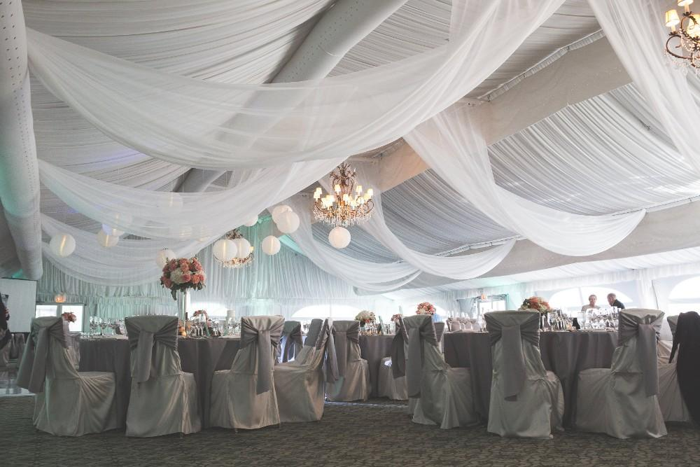 Hilton Chicago Oak Brook Hills tented wedding