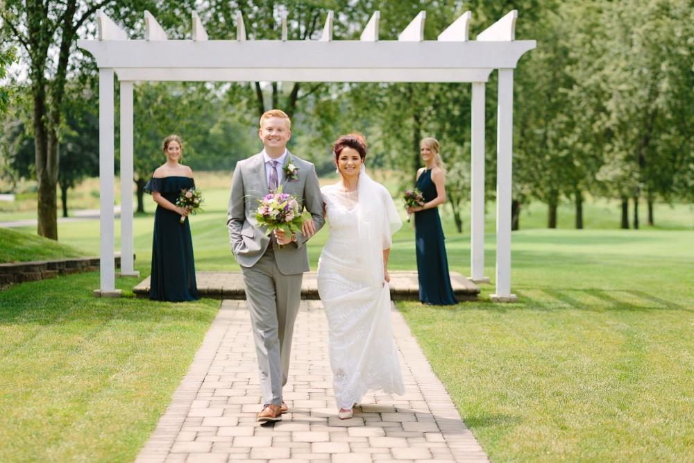 garden party bride and groom ceremony