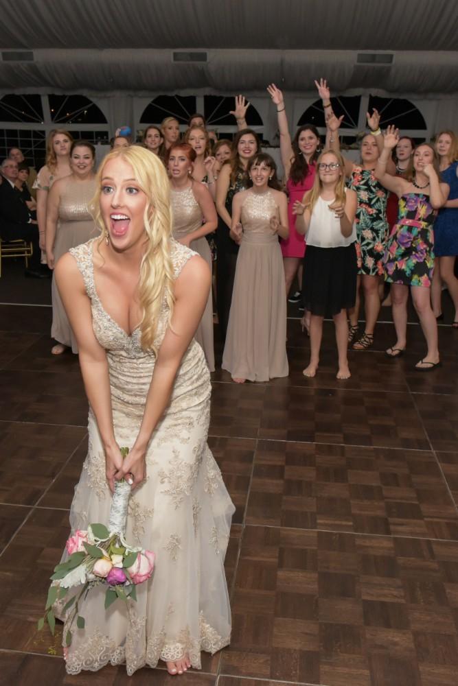 Kirstie Dale bouquet toss