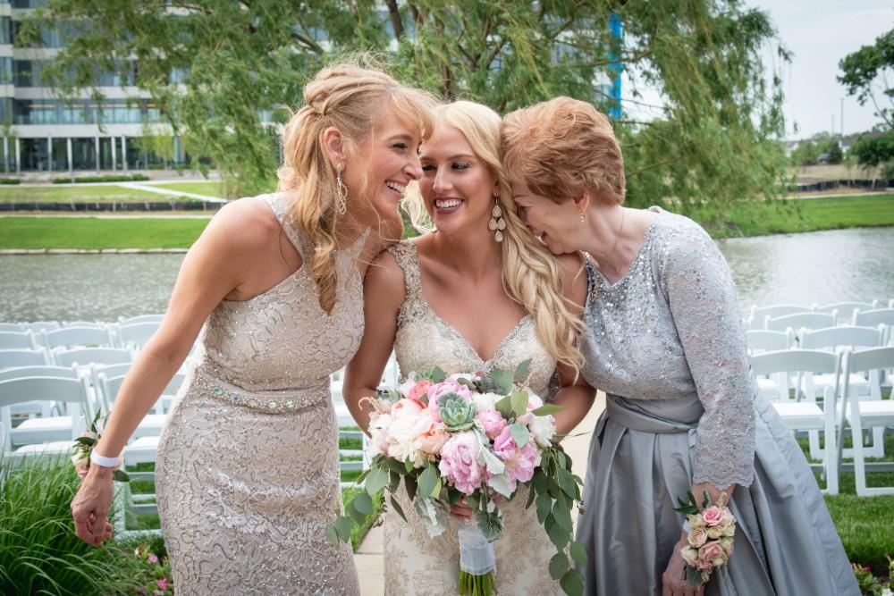 Kirstie Dale bride with mother and grandmother