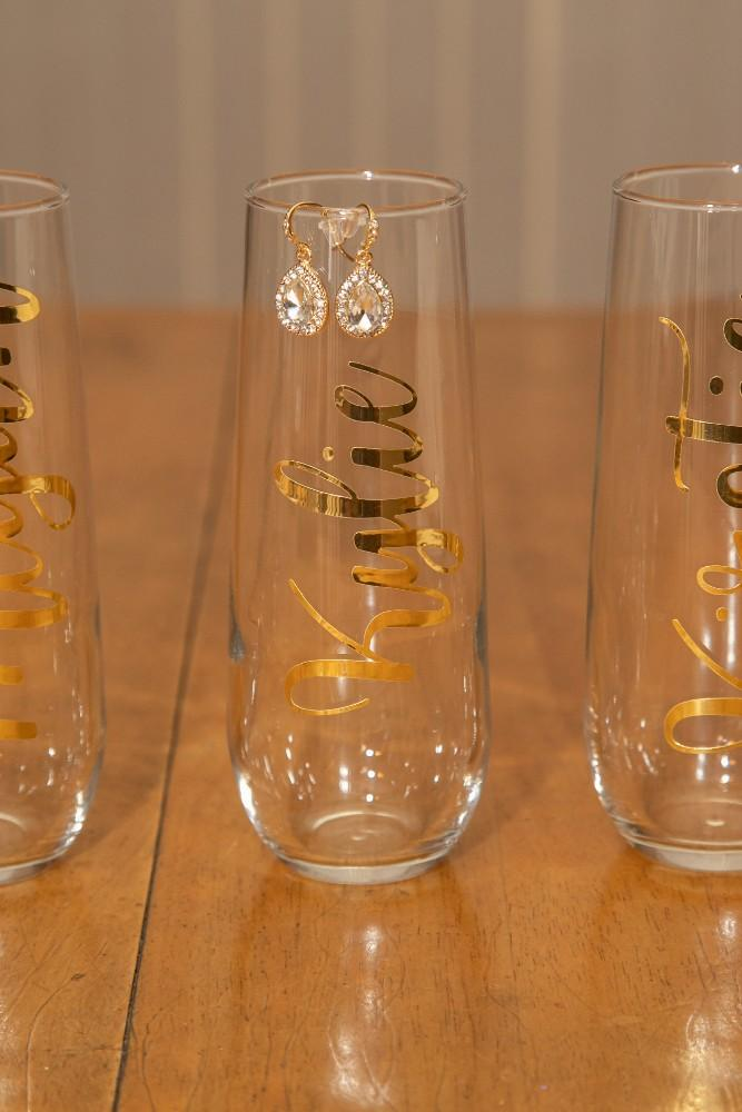 Kirstie Dale bridesmaid champagne flutes