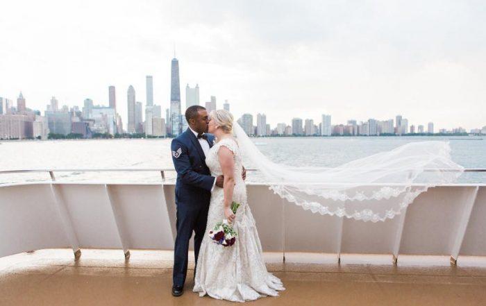 Lindsay Phil skyline kiss
