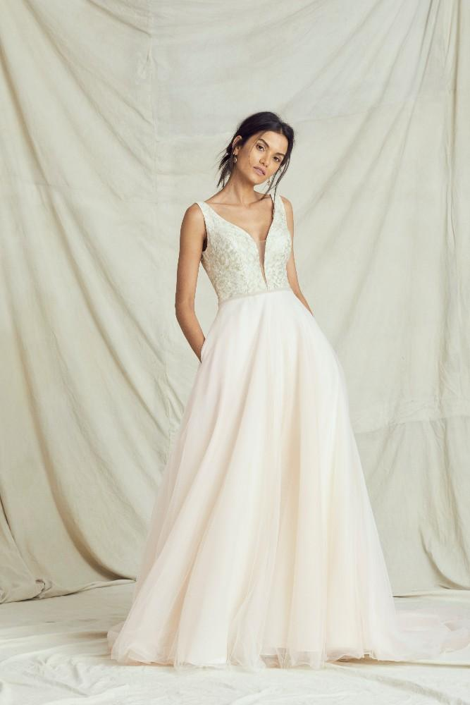 Kelly Faetanini Fall 2019 Collection | Wedding Gown | Wedding Dress