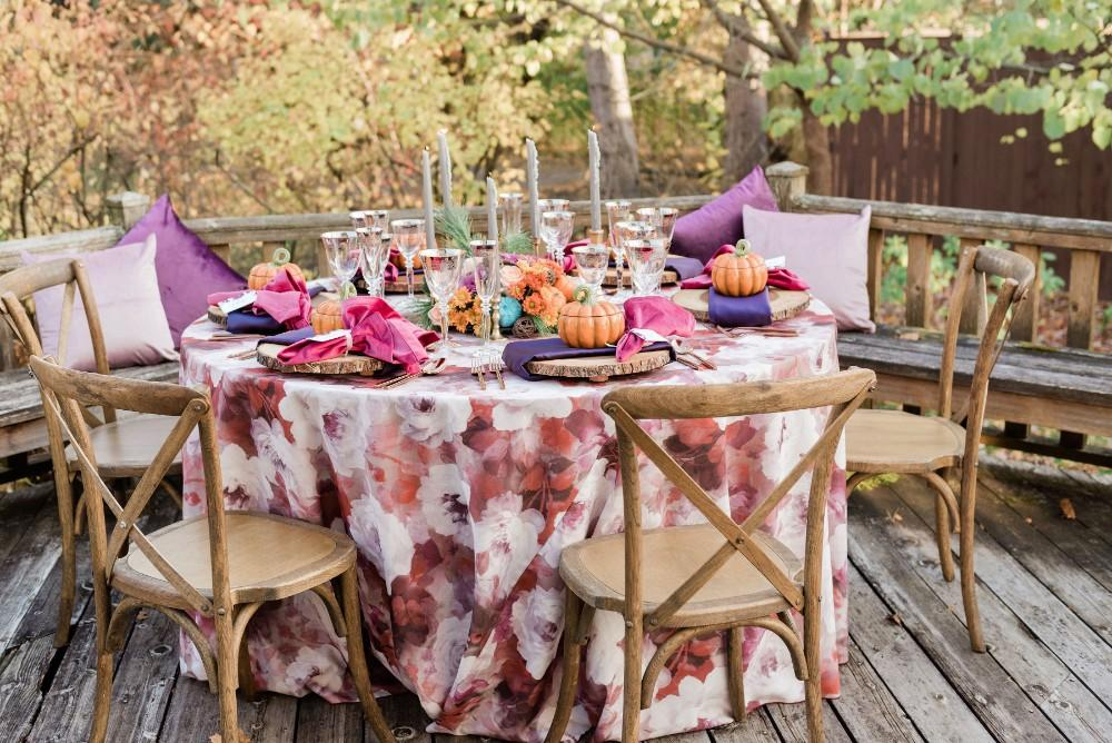 thanksgiving inspired wedding reception decor