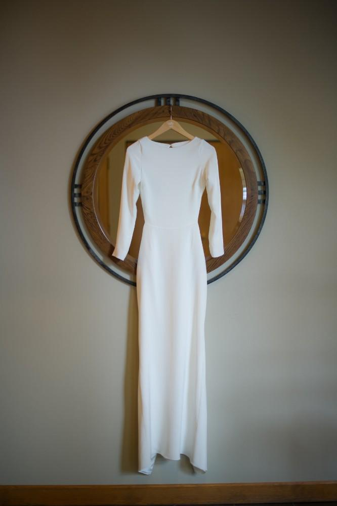 kelley & roger geneva national resort wedding dress
