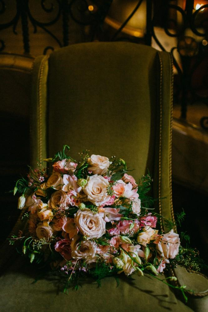 Artistic Blooms in Chicago, Illinois | Wedding Photography | Bridal Bouquet