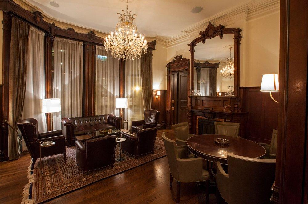 Biggs Mansion in Chicago, Illinois | Wedding Venue | Bachelor Party | Cigar Shop