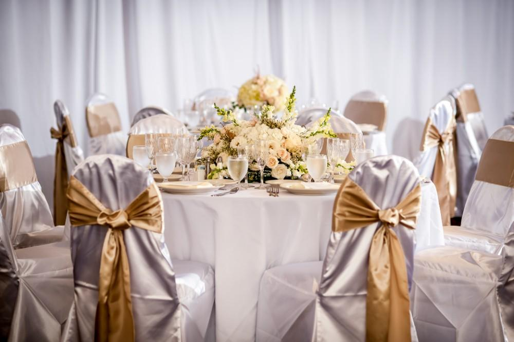 Holiday Inn Chicago West-Itasca styled shoot