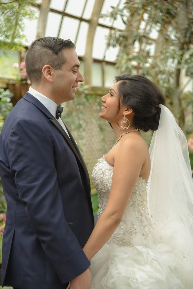bindu ed thewhit bride and groom