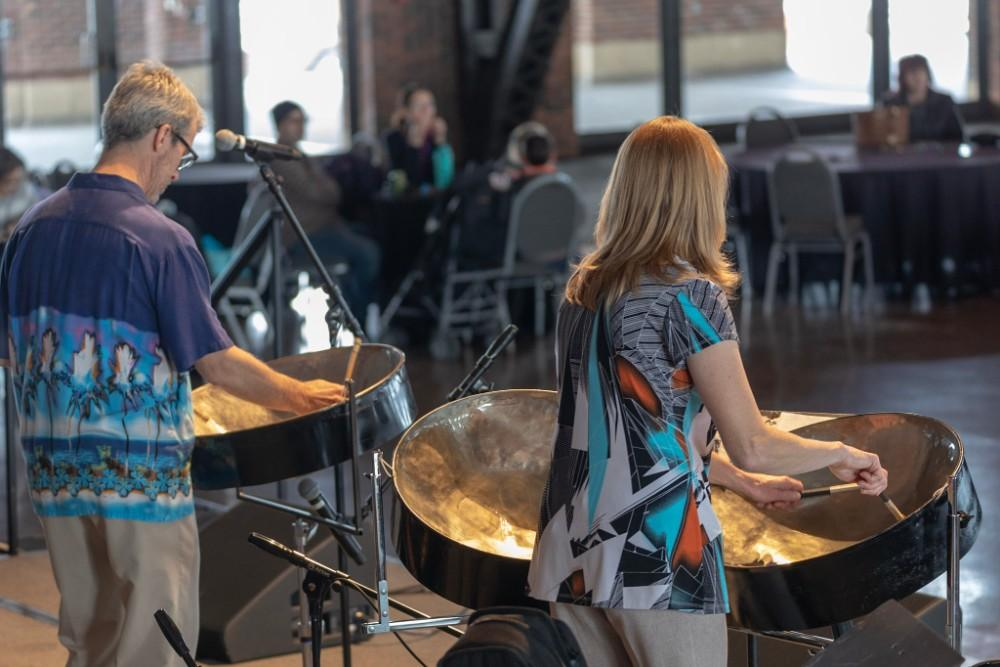Joe Sounds in Chicago, Illinois | Wedding Band | Steel Drums