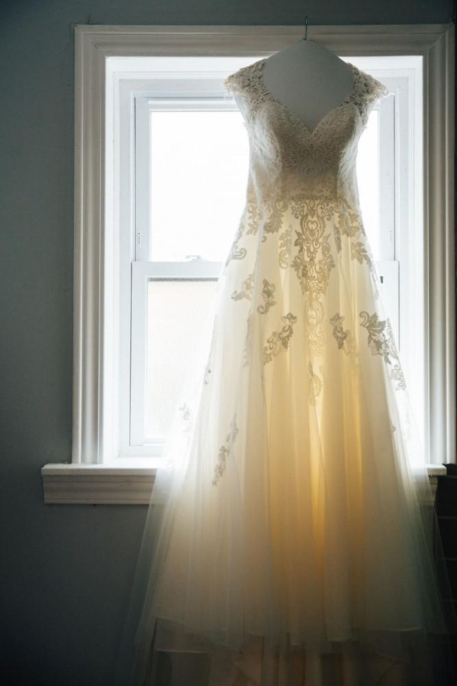 brittany greg ravenswood event center wedding gown