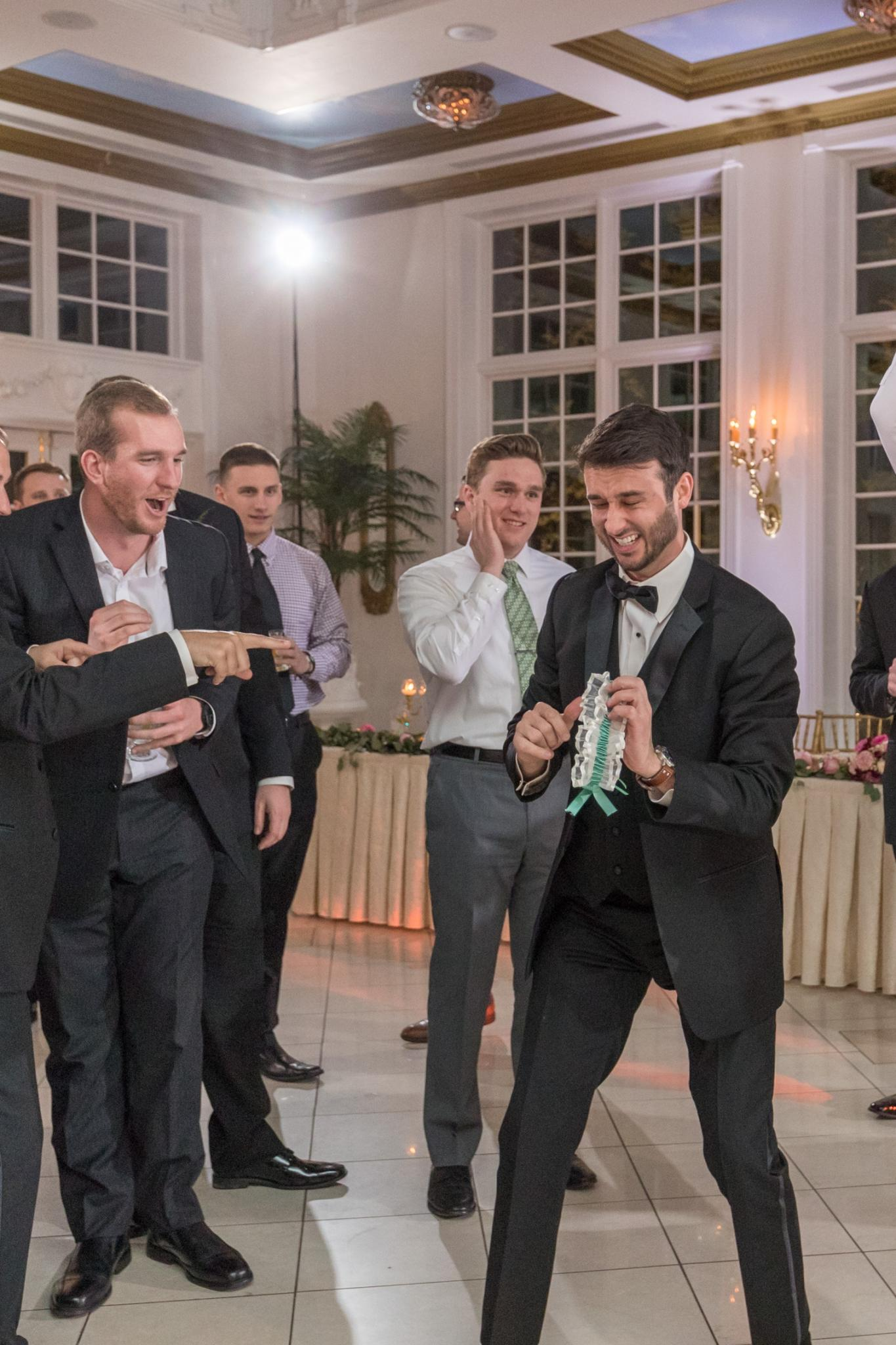 lauren and jordan haley mansion garter toss