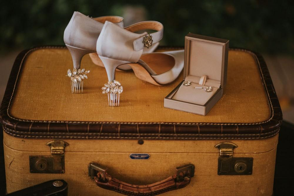 styled shoot vintage tuscany bridal shoes accessories