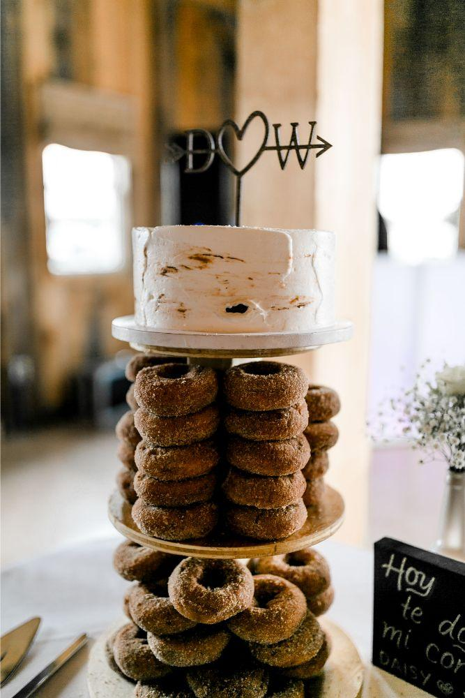 daisy warren county line orchard wedding cake with donuts