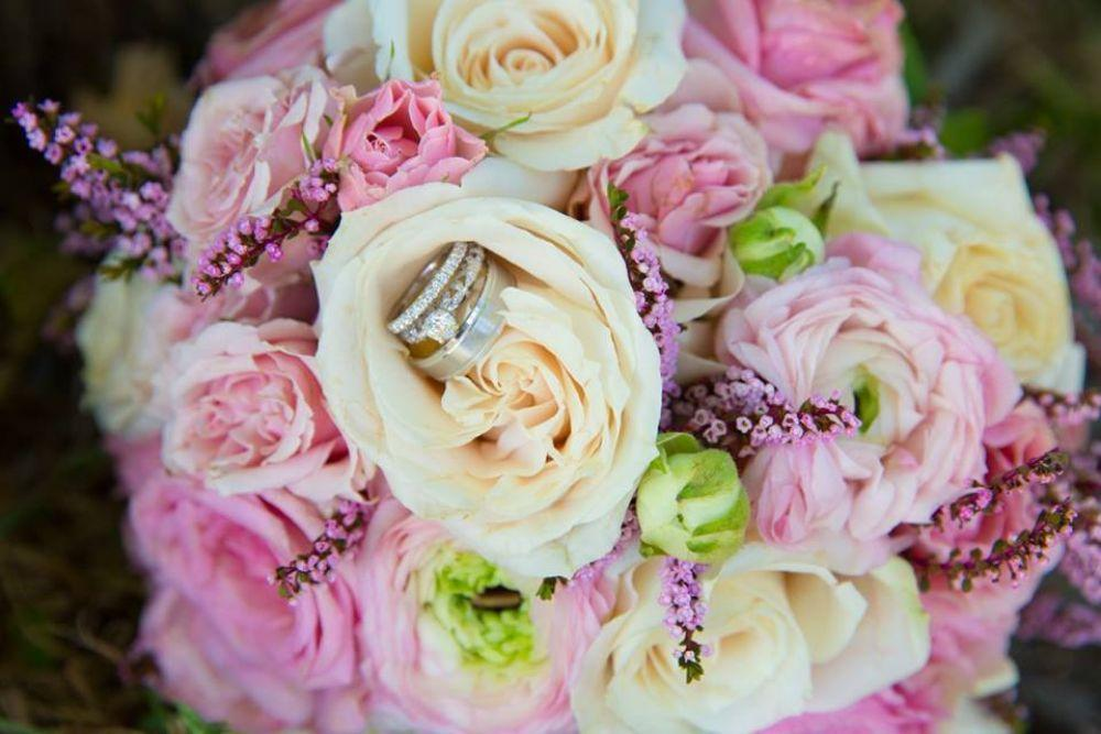 madhu geogy drury lane bridal bouquet