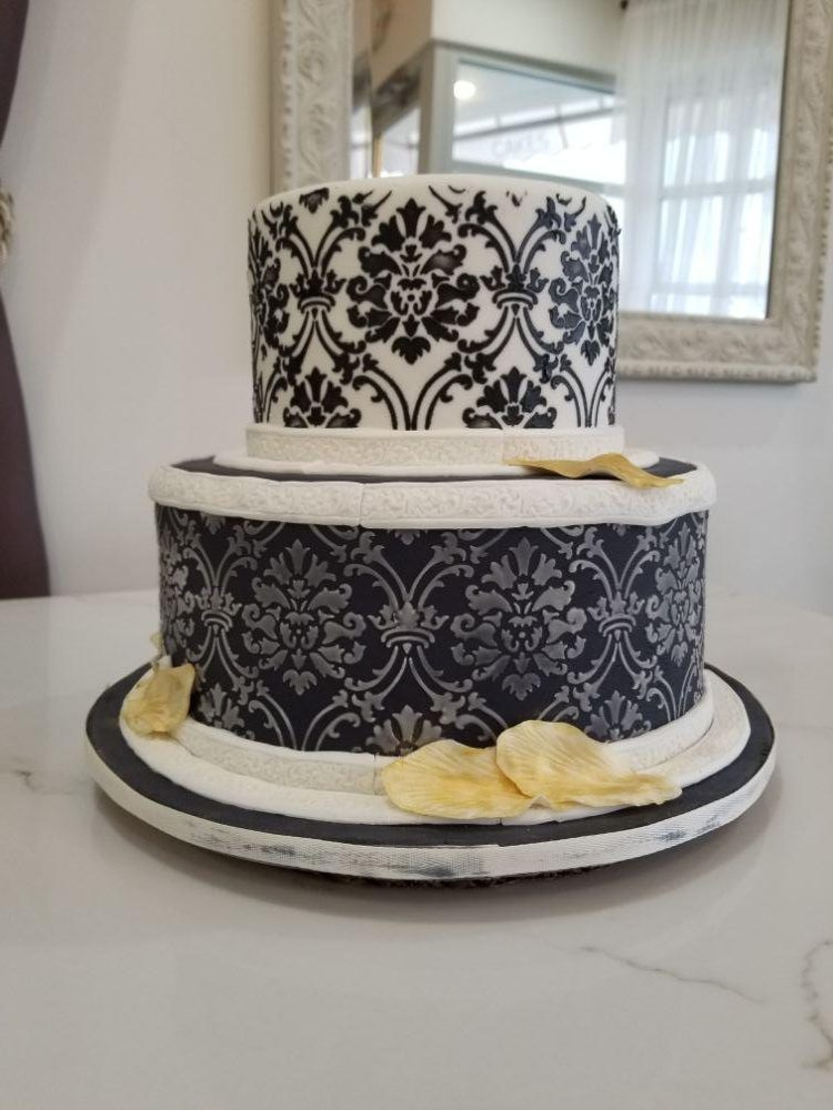 The Bakester Patisserie in Arlington Heights, IL | Wedding Cakes and Sweets