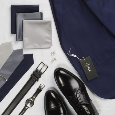 navy blue suit with brown or black shoes accessories the groomsman suit
