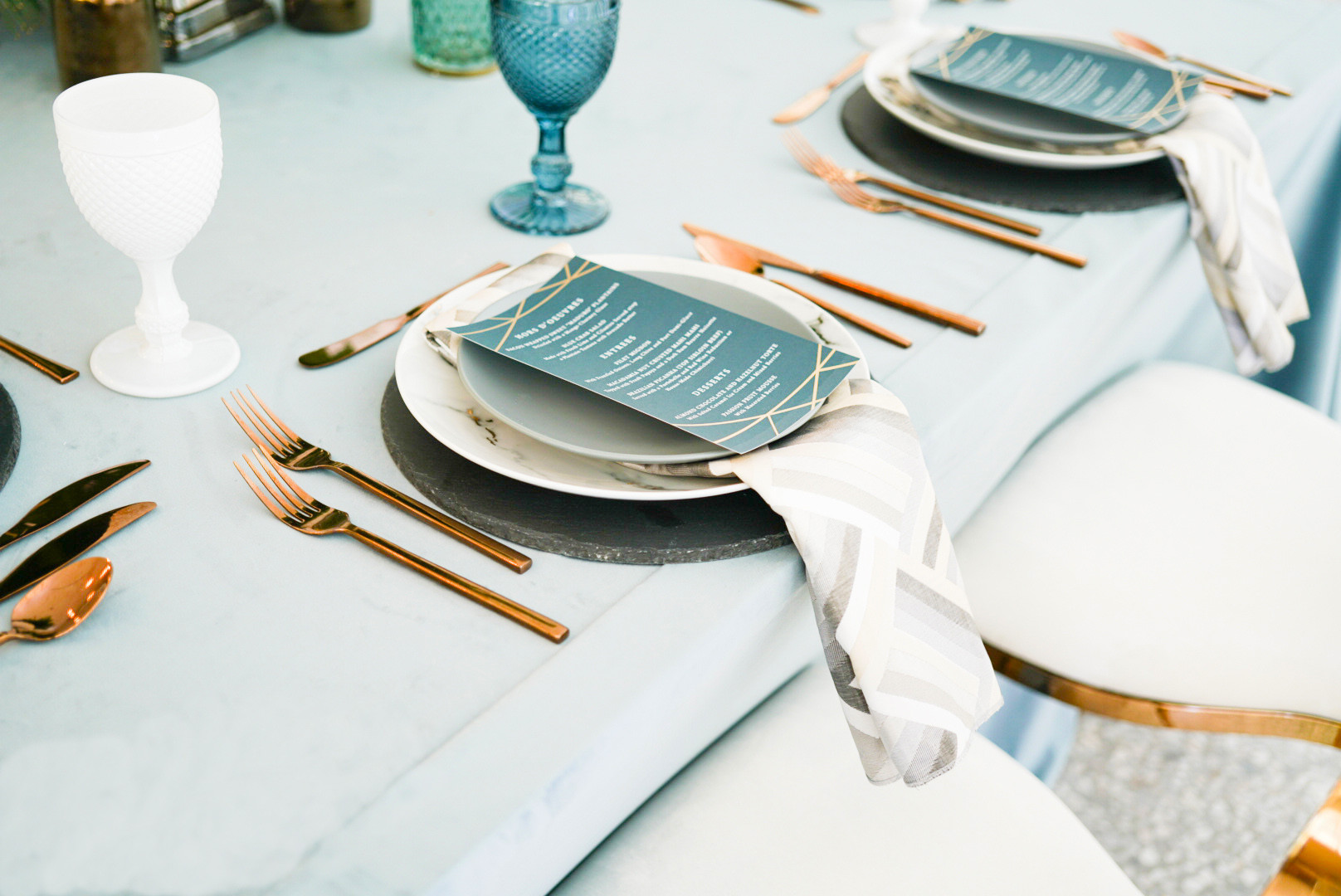 20 Unique Wedding Reception Place Settings For Every Style The Celebration Society