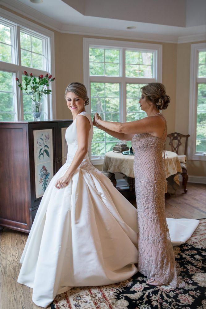 katrina drew the drake chicago wedding mother helping bride get ready