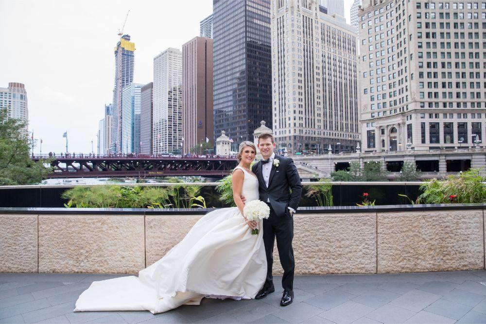 katrina drew chicago wedding the drake hotel wedding photos chicago river