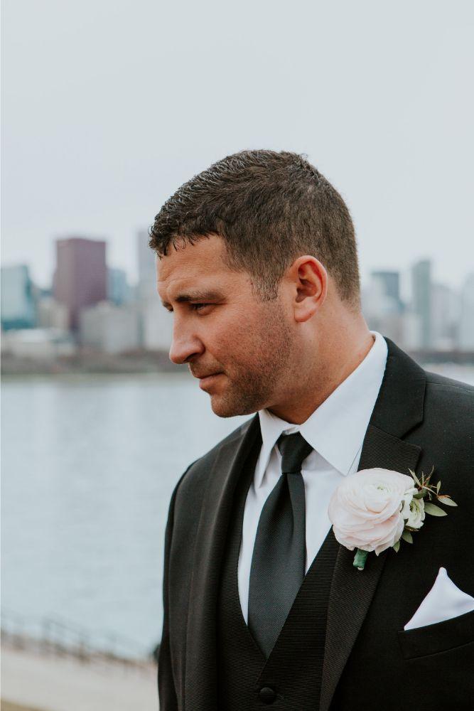 cassie ryan chicago wedding chicago marriott southwest at burr ridge groom boutonniere