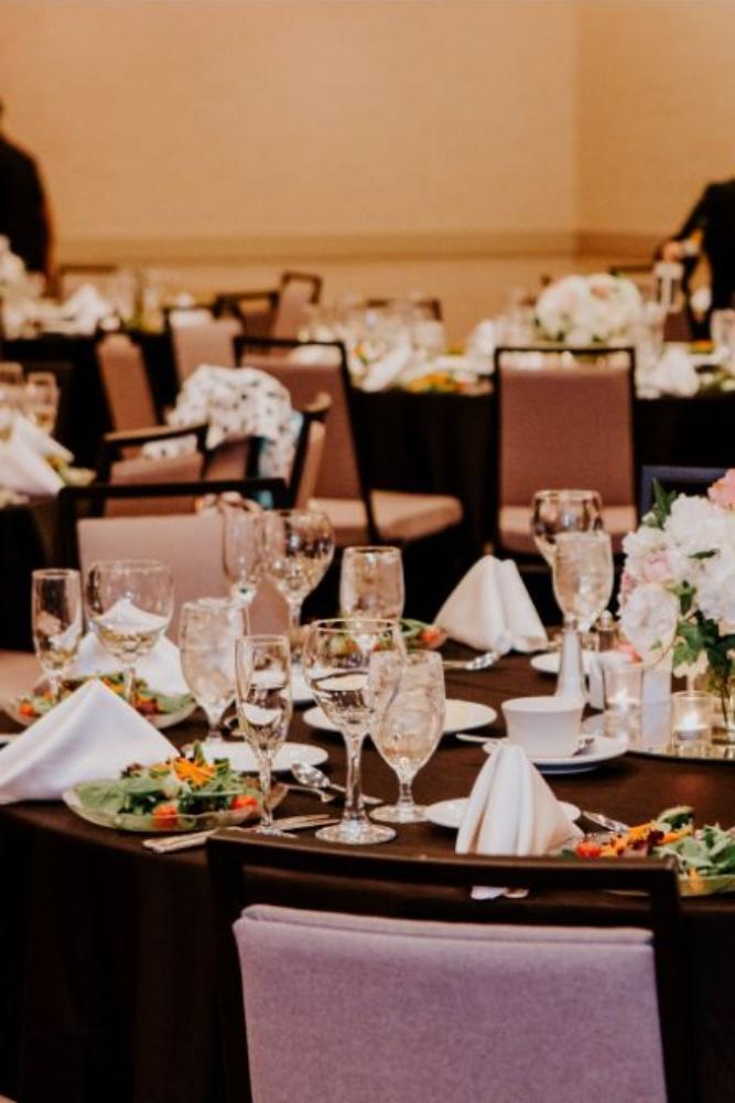 cassie ryan chicago wedding chicago marriott southwest at burr ridge wedding reception