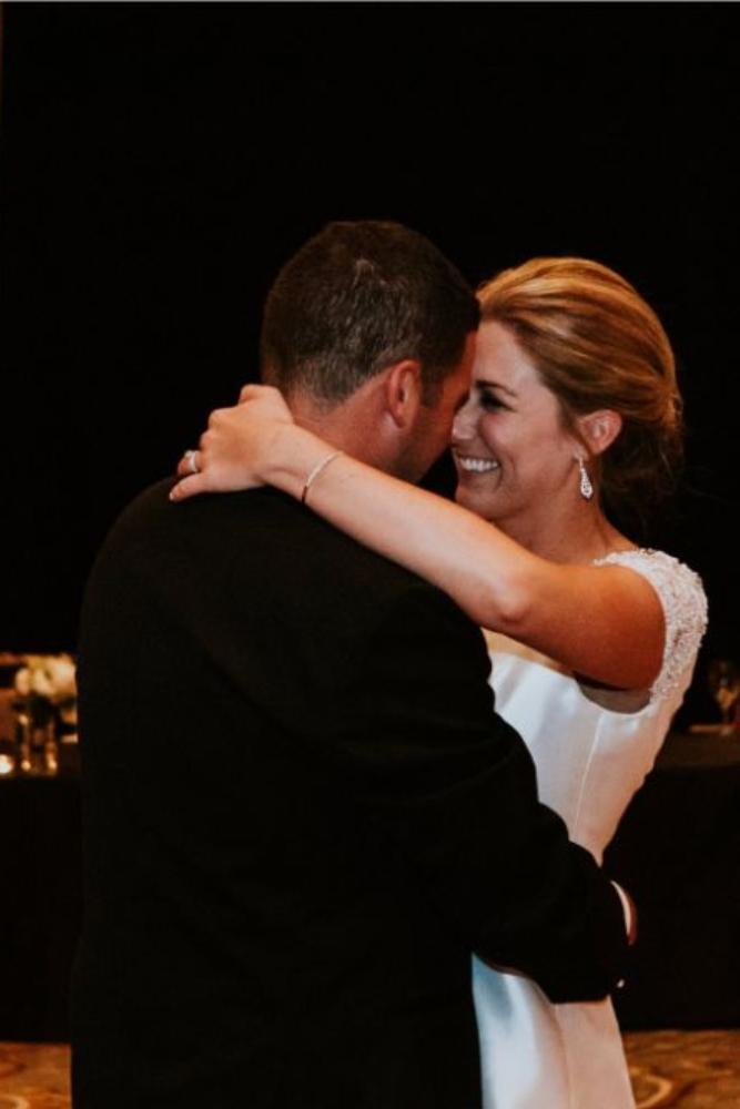 cassie ryan chicago wedding chicago marriott southwest at burr ridge first dance