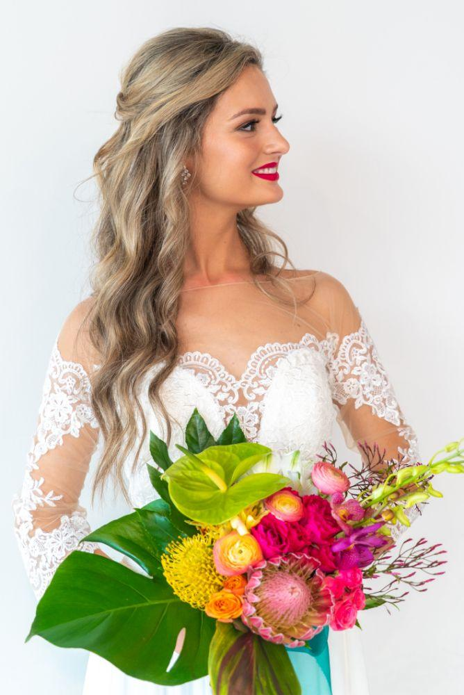vibrant tropical paradise wedding inspiration at gallery 1500 bouquet