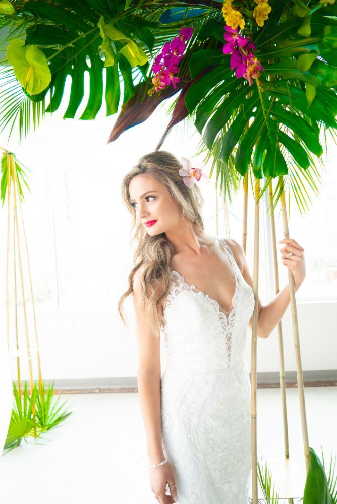 vibrant tropical paradise wedding inspiration at gallery 1500 bride with vibrant florals