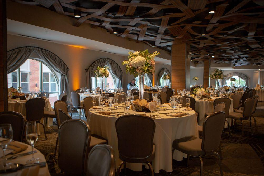 megan mike hotel indigo naperville rivewalk chicago wedding reception