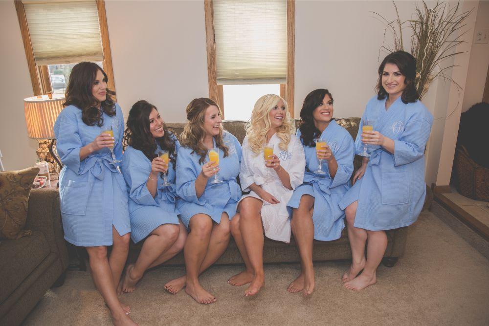 becky zach venuti's ristorante & banquet hall chicago wedding bride and bridesmaids mimosas