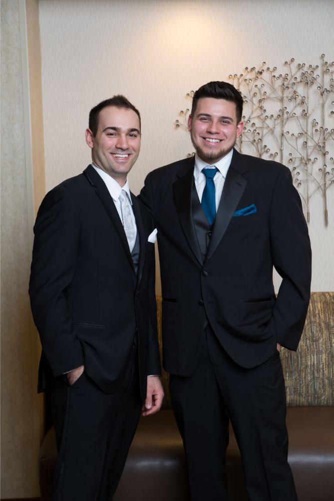 becky zach venuti's ristorante & banquet hall chicago wedding groom and groomsman