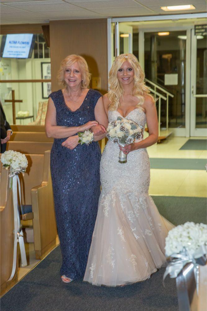 becky zach venuti's ristorante & banquet hall chicago wedding bride and mother walking down aisle