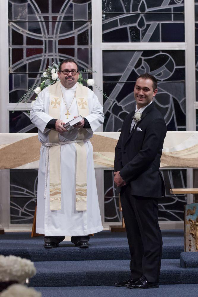 becky zach venuti's ristorante & banquet hall chicago wedding groom