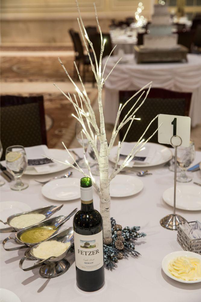 becky zach venuti's ristorante & banquet hall chicago wedding reception