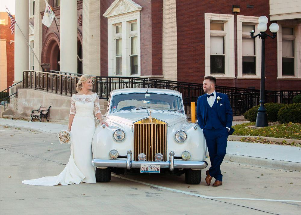 kolby j chicago wedding photography antique car bride and groom
